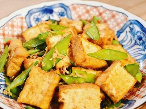「地元野菜で!簡単「おうちデリ」第4回絹さやと厚揚げのしらす炒め」